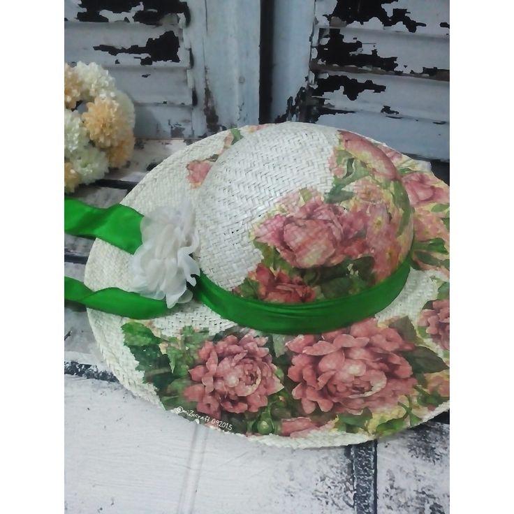 Pandanus hat