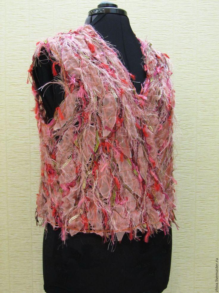 Купить Жилет Розовые лепестки - розовый, абстрактный, шерсть 100%, мохер, жилет, жилет из шерсти