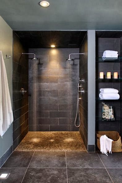 Banheira ou chuveiro    Bathtub or Shower