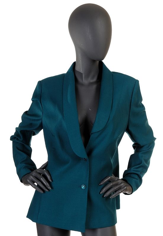 http://www.fashioncode.pl/pl/fashioncode-zakiety-i-garnitury-damskie/908-paprocki-brzozowski-elegancka-kobieca-marynarka.html#