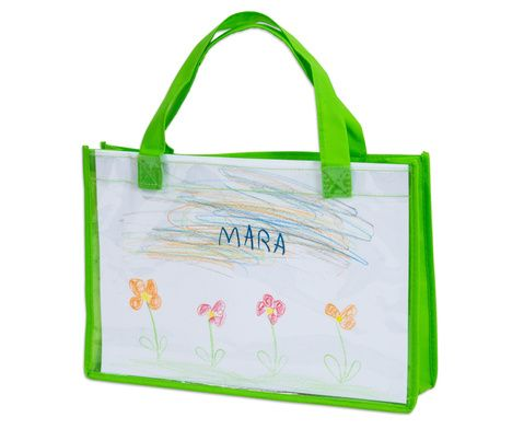 Eine einmalige Tasche für jedes Kind - in die Klarsichthülle auf der Vorderseite einfach ein selbst gemaltes Bild einschieben, und schon ist die einzigartige Tasche fertig! Fasst Kunstwerke im DIN A4-Format #Kunst #Tragetasche #Kindergarten #Schule #Betzold