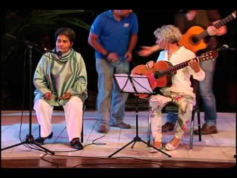 Homenaje Abrazo a Guadalupe Urbina