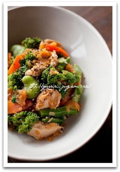 ささ身と菜の花のサラダ Vegetables and Chicken Salad