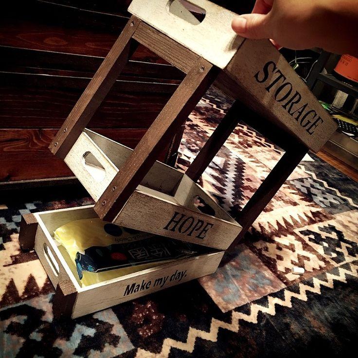 ダイソー木箱でリビングスッキリ!アイアン風収納シェルフ♡|LIMIA (リミア)