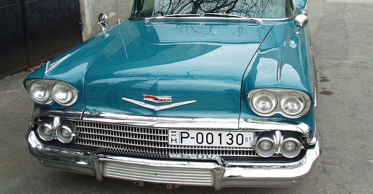 1958 Chevrolet Bel Air Impala (kék) | Álomautó Múzeum | Veterán autó bérlés | Oldtimer autók | Amerikai veterán autók | Régi amerikai autók | Veterán autó bérlés esküvőre és rendezvényre