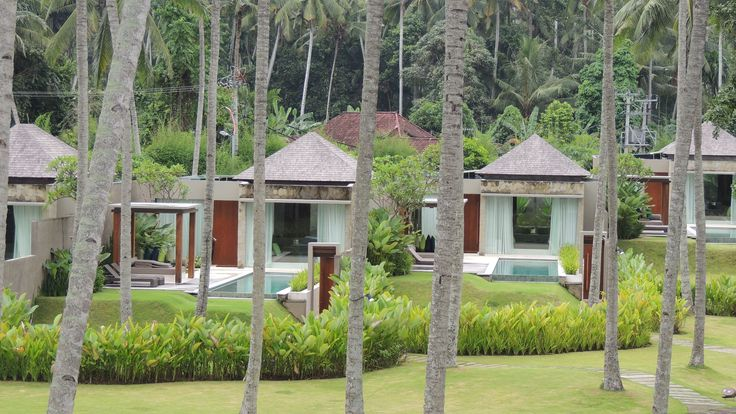 Pool Villen in bester Lage hinter dem Palmagarten im Candi Beach Resort #Poolvillen Bali
