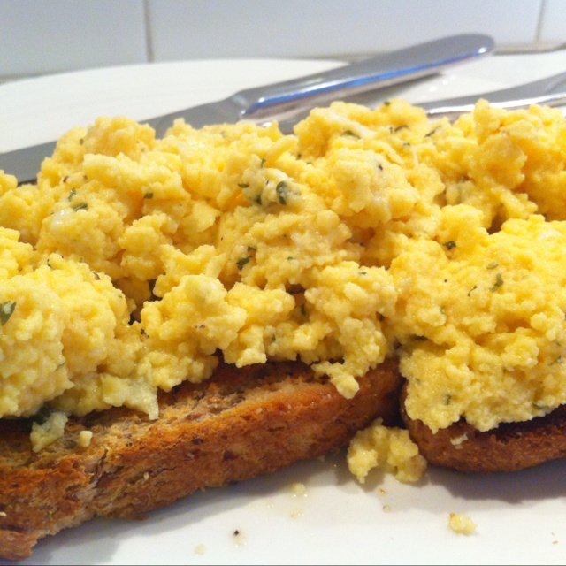 Hungry? In a rush? want breakfast but don't have time to stand over the stove? Make Scrambled eggs In the Bellini Kitchen Master by Cedarlane