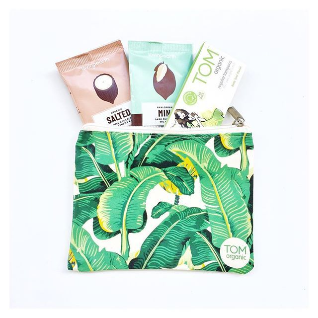 Salted caramel, dark chocolate mint, pure organic tampons.  We've got you covered this month • All #TOMonline orders in November will receive a delicious treat from the awesome team at @loving_earth.  While stocks last. #lovingearth #organic