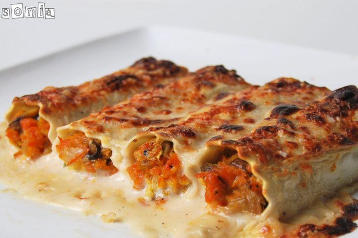 Canelones de setas y zanahorias con bechamel de frutos secos | L'Exquisit