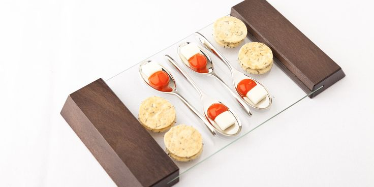 Fennel and Parmesan biscuits with cream cheese