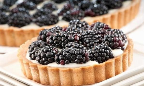 Your Valentine will never be able to resist a Tenderflake Blackberry-Mascarpone Cheese Tart