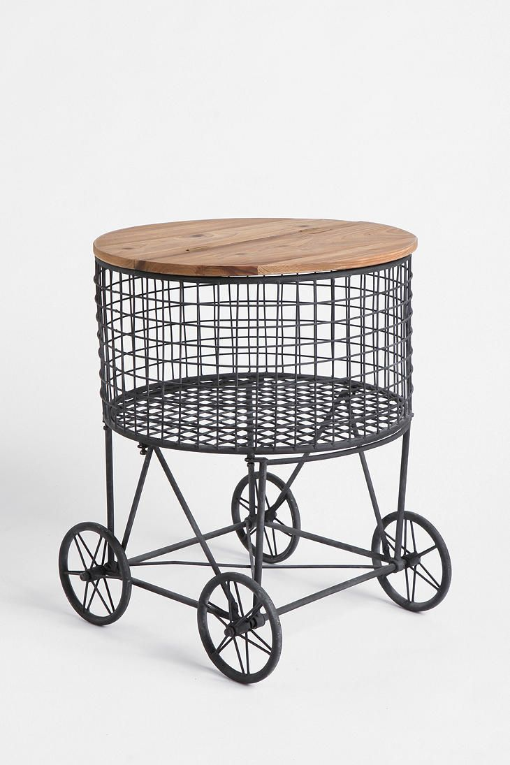 $179 Market Basket TableDecor, Urbanoutfitters, Ideas, Side Tables, Urban Outfitters, Urban Oufitt, Baskets Vintage, Marketing Baskets Tables, Furniture Design