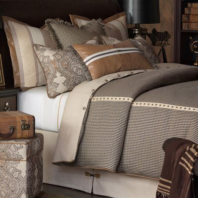 Eastern Accents Aiden Woodside Hand Tacked Comforter Size: