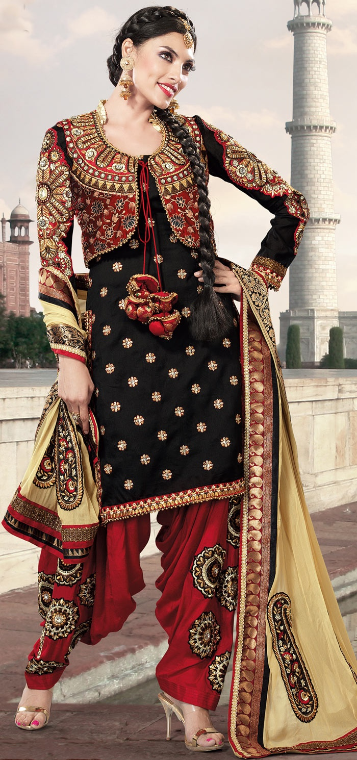 Designer Black Georgette Semi Patiala Punjabi Suit for wedding