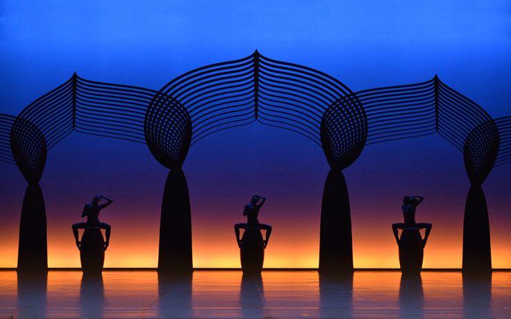 LES NUITS by Constance Guisset — Scenography for Angelin Preljocaj's ballet. Maison des Arts de Créteil (May 2013) | Grand Théâtre de Provence (octobre 2013) | Paris, Théâtre National de Chaillot (January 2014) | Versailles Opéra Royal - Château de Versailles (December 2013)