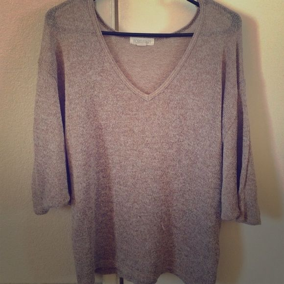 Beige batwing top from Forever 21 Lightweight. Can be dressed up or down. True to size Forever 21 Tops