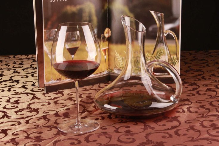 1PC 1700ml Crystal Glass Decanter Wine Whiskey Decanter Carafe Water Bottle Jug Dispenser Container with Hand Home Barware J1101
