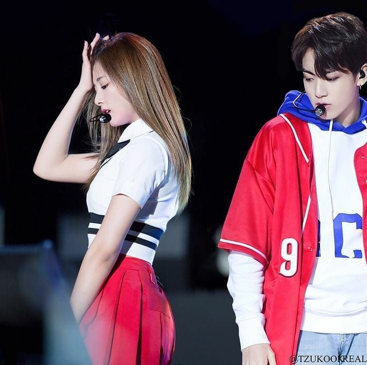Jungkook Twice Bts Bangtwice Kpop Couple Kpopcouple Ship Kpopships Tzukook Tzuyu Choutzuyu Jungkook Jeonjungkook Idol Remaja Korea