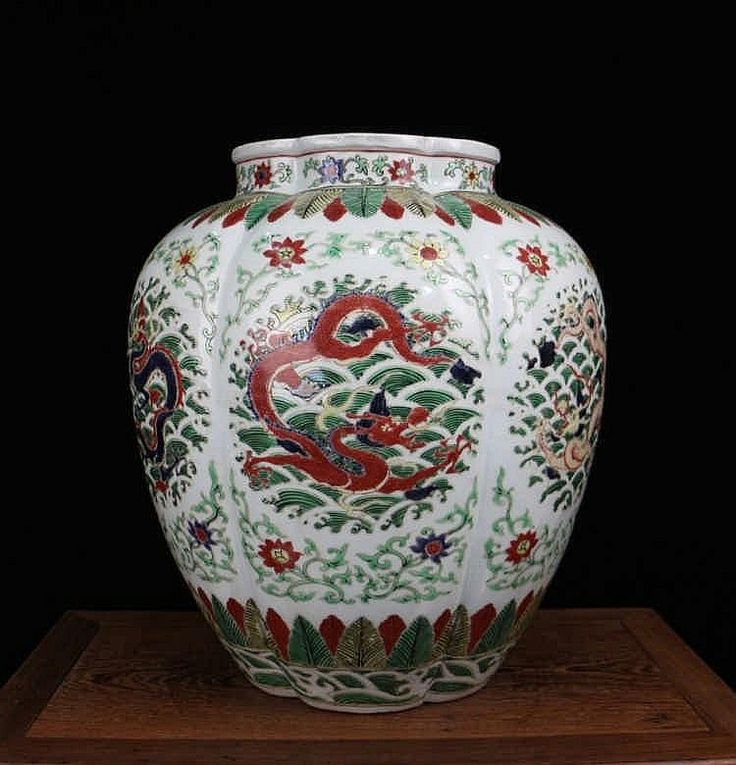 A Fine Large Chinese Qing Dynasty Kangxi 1662 1722