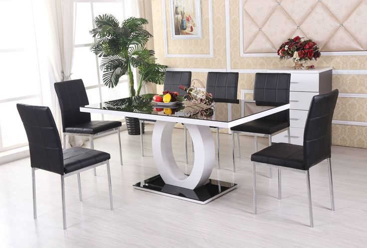 Giovani Black White High Gloss Glass Dining Table Set And