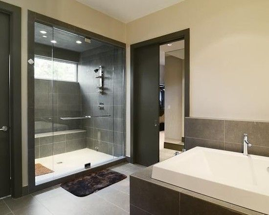 http://sbglass.com/wp-content/uploads/2014/09/Charming-Modern-Bathroom-Glass-Shower-Door-Cantoni-House-Motion.jpg