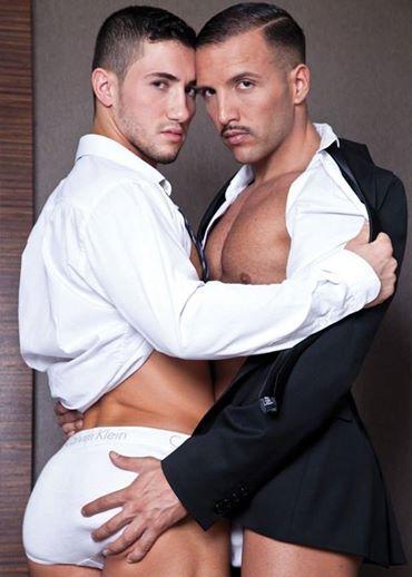 White underwear briefs gay kiss - http://bestgaybloggers.com/white-underwear-briefs-gay-kiss-4/
