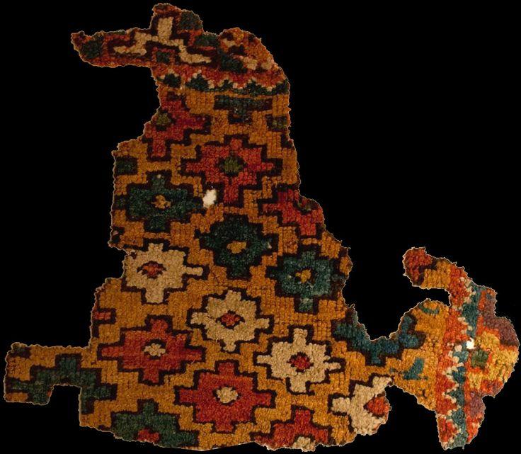 OTTOMAN CARPETS IN THE XVI - XVII CENTURIES (16-17TH CENTURIES)  Anatolian village rug fragment, 16th century. Konya Ethnographic Museum, Turkey