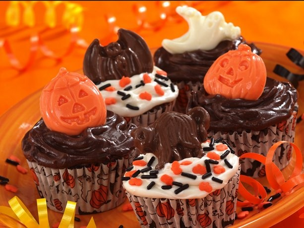 Spooky Banana-Fudge Cupcakes. The comments said to pop in a cherry to each one too!