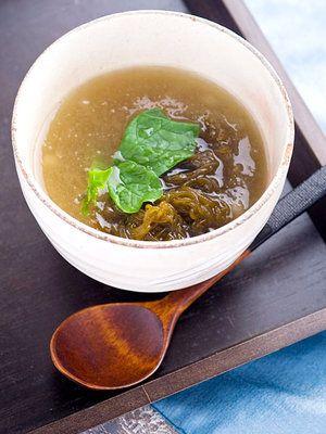 【ELLE a table】もずくのねばねばスープレシピ エル・オンライン