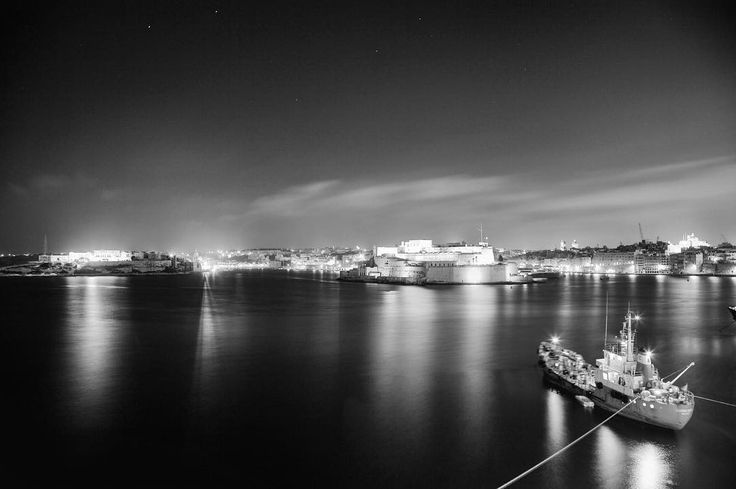 Let it hurt let it bleed let it heal and let it go away. #thoughtoftheday #foodforthought #night #blackandwhite #monochrome #share #ship #mediterranean #valletta #nightphotography #grandharbour #malta #malta