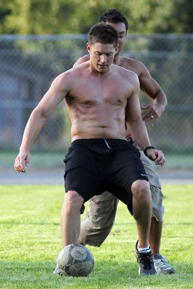Jensen Ackles Plays Soccer - He has no right to be that beautiful