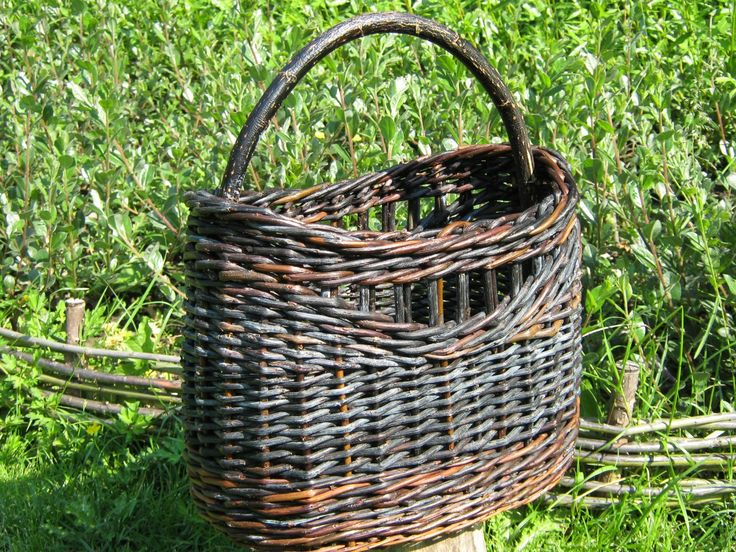 Shopping basket, black willow