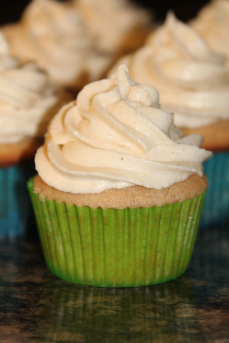 Snickerdoodle Cupcakes mit Zimt-Frischkäse-Zuckerguss … Ich mache diese …