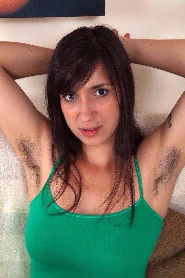 julia roberts pubic hair