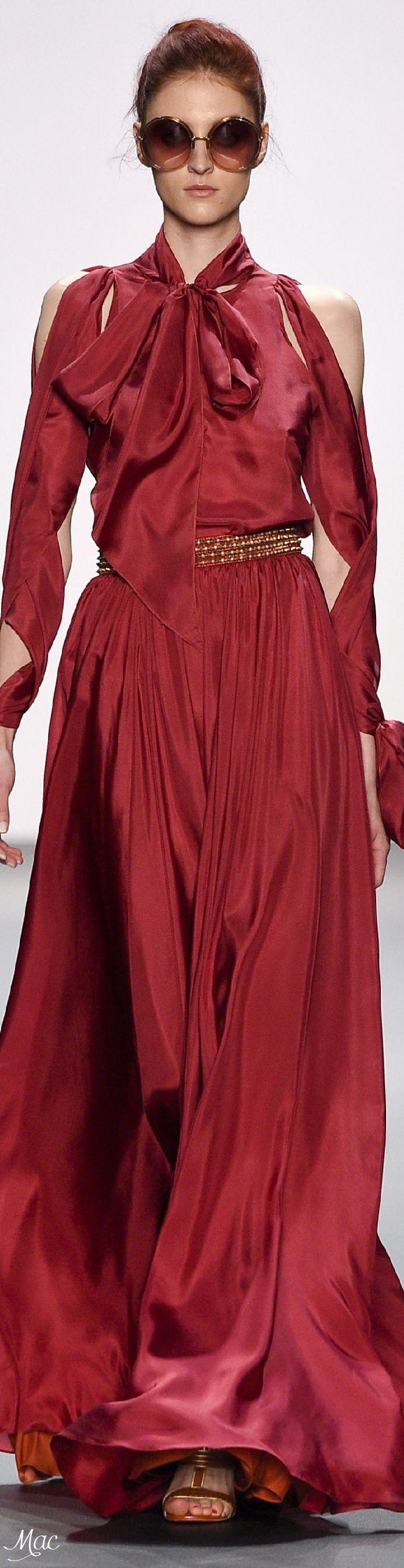 Spring 2017 Ready-to-Wear Jenny Packham