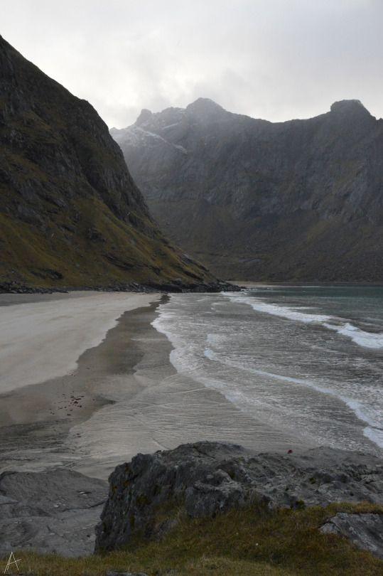 Kvalvika beach, the Lofoten Islands Beter dan brood