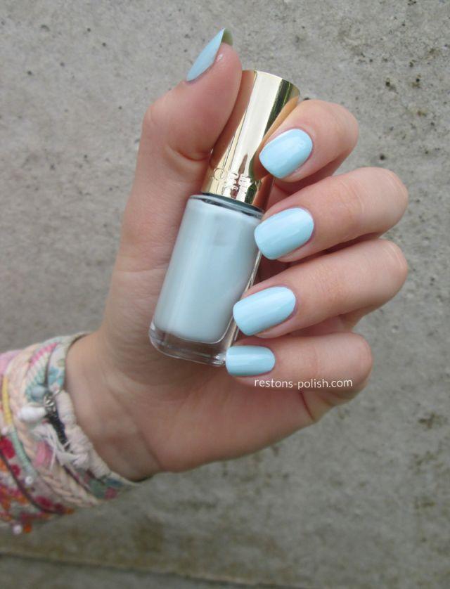 Vernis l'Oréal bleu ciel pastel - By Restons Polish