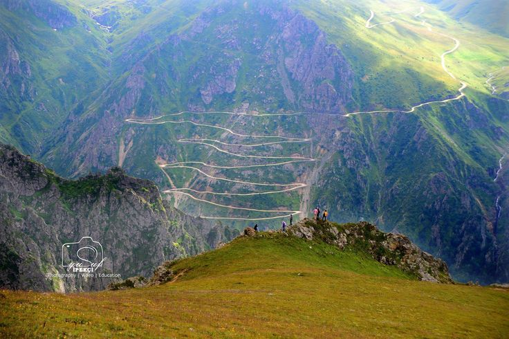 OF-Çaykara-Bayburt D 915 yolu, diğer bilinen adıyla Derebaşı Virajları... Fotoğraf: Yusuf Ipekci