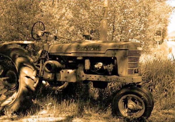Ole Farm Tractor