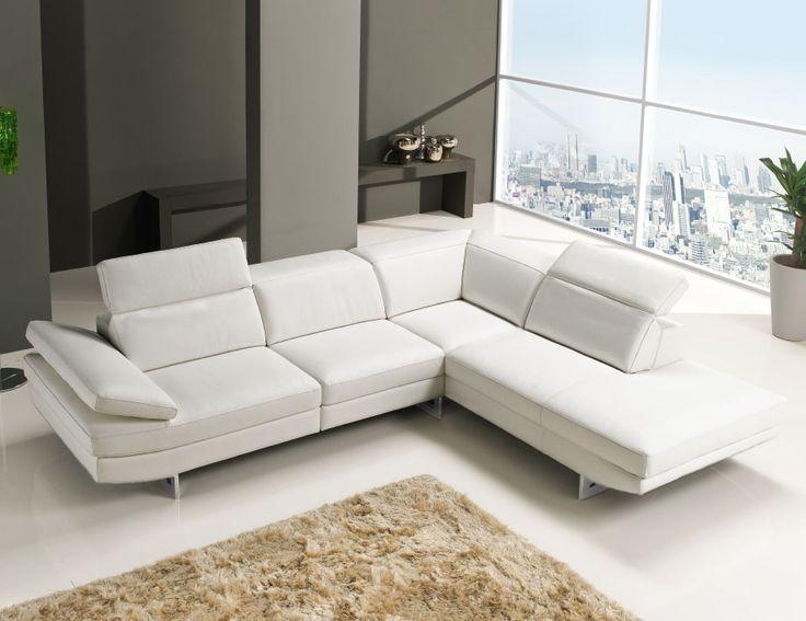 Cos'è? È un divano angolare: il tuo divano fisso modello Sidney giocherà un ruolo da protagonista nella tua stanza, garantendo uno stile moderno e unico. Ma è anche uno dei migliori del nostro vasto assortimento, ed, oggi in offerta, è il modello che combina brillantemente estetica e convenienza. http://www.artigianiincitta.it/nuova-collezione-2017-divano-fisso-modello-sidney/