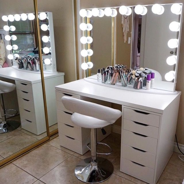 25 best ideas about white makeup vanity on pinterest for White makeup desk with mirror