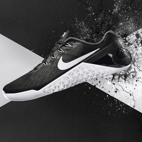Odwiedź stronę Nike.com w Wielkiej Brytanii i sprawdź wszystkie nowości Nike, w tym te dotyczące dyscyplin sportu, treningu, sportowców i zakupów.