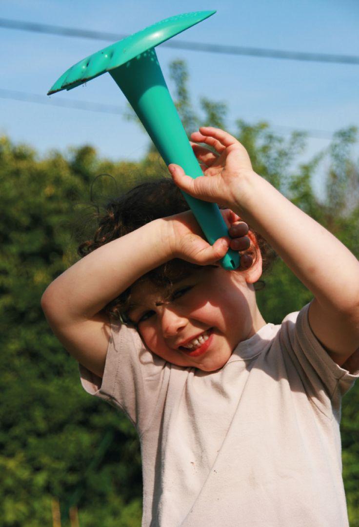 Quut Triplet. www.quutbeachtoys.com #jardinage #gardening #kids