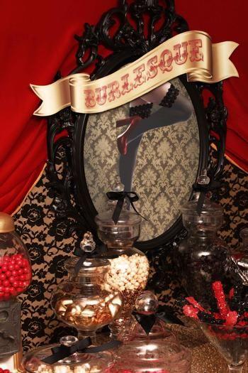 Burlesque Party Table