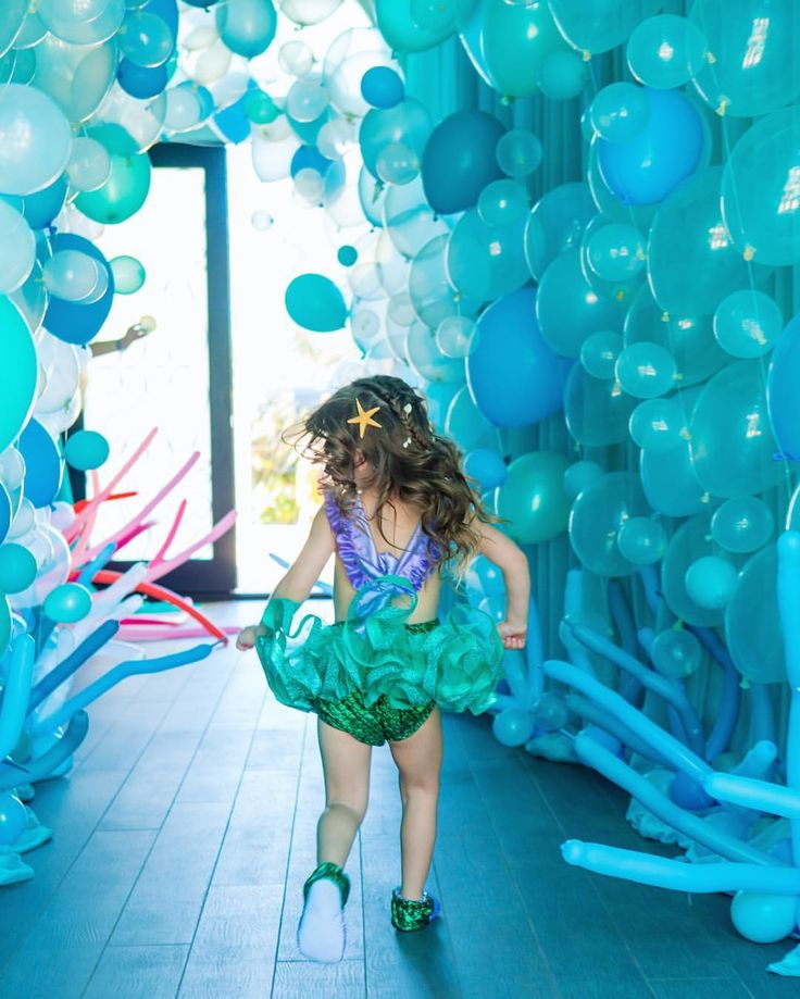 Running through her party balloon entrance... aka under the sea mermaid tunnel  #presleys4thbirthday #ilovepartyplanning #becauselifeshouldbecelebrated