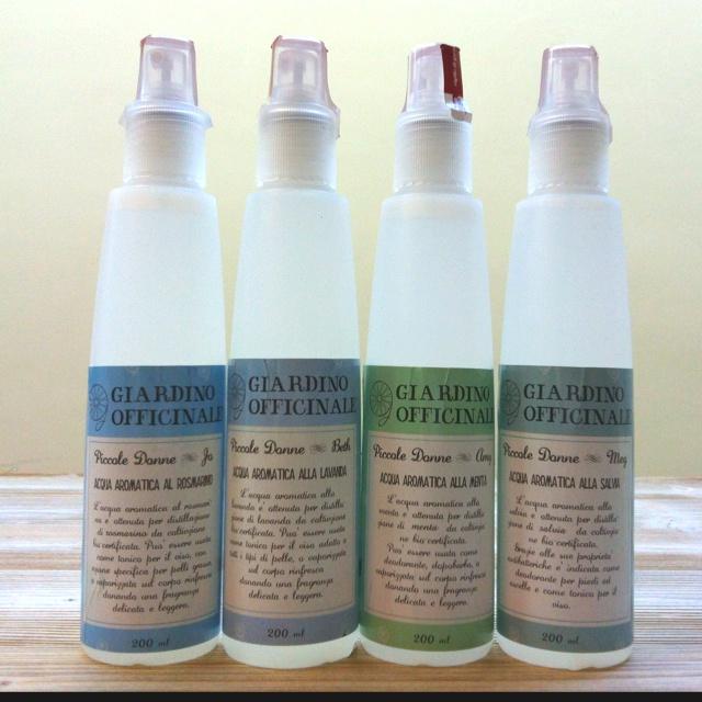 Jo, Beth, Amy, Meg! Piccole donne! Qual e' la vostra preferita? (acque aromatiche per viso e corpo de Il giardino officinale. #abruzzo)