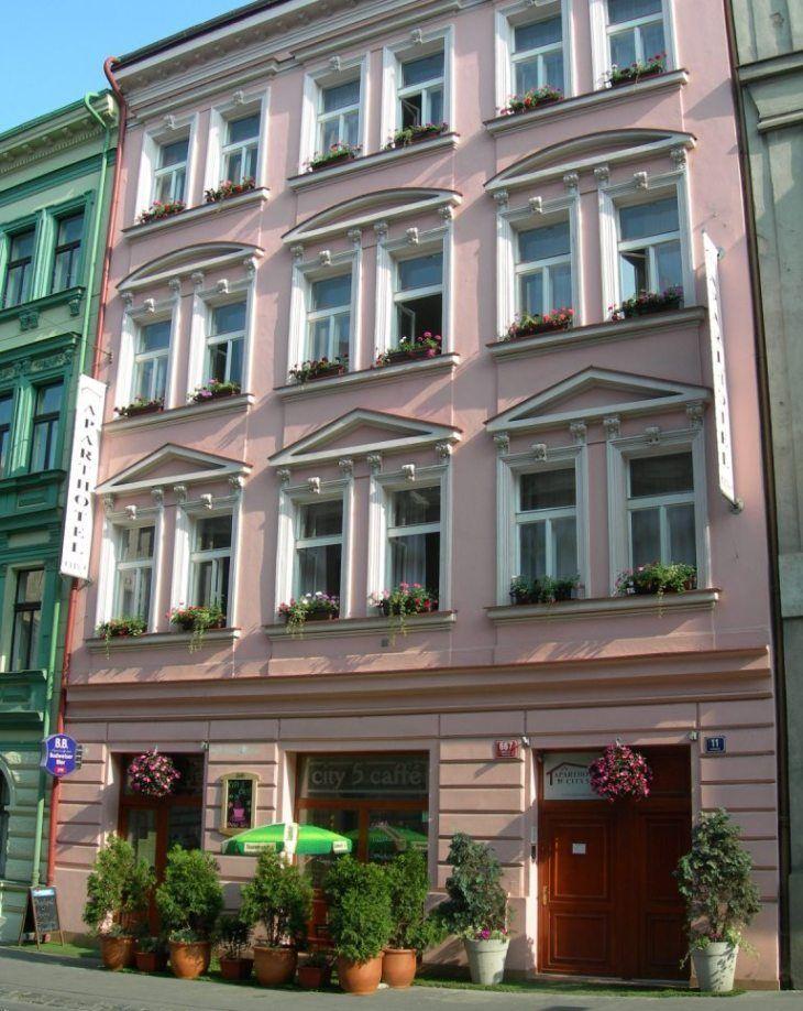 Aparthotel City 5  www.aparthotelprague.com Hotel garni 3* Superior