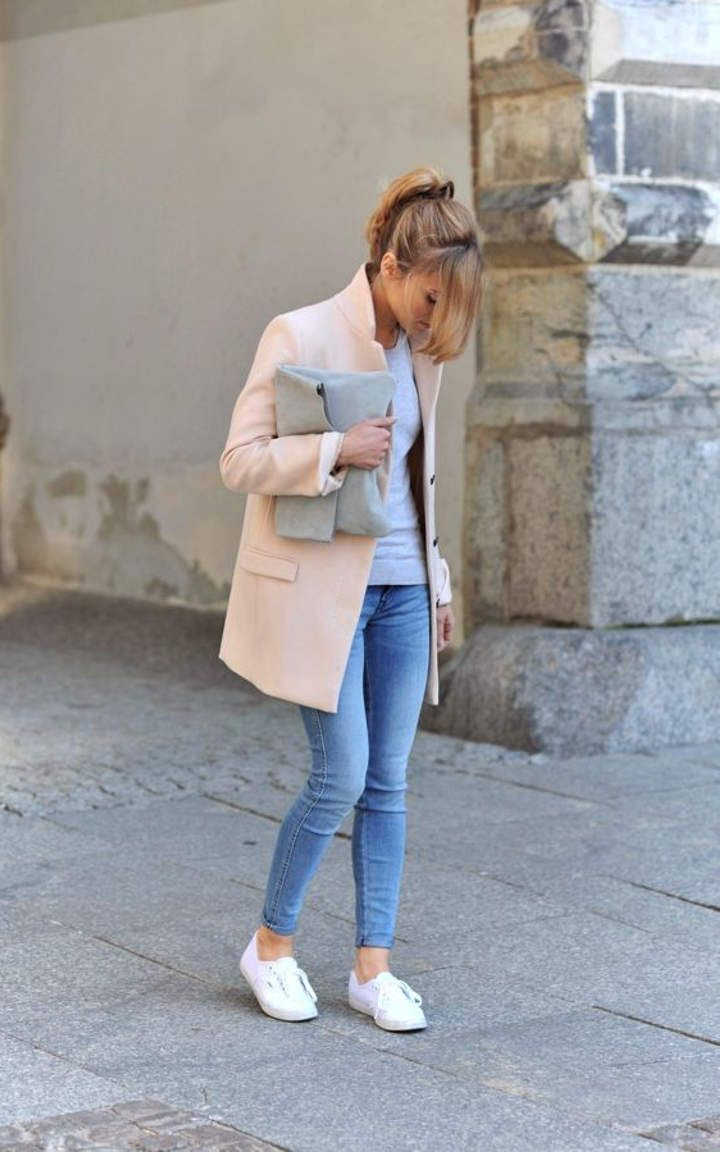 We will soon welcome the winter, so you should think about the winter trends. One of the trends that you should follow this winter will be the pastels. So, today we prepared 30 Trendy Pastel Outfit Combinations, so that you can get an inspiration how to wear pastels.