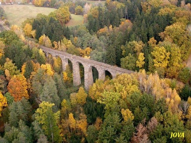 Chýnov - železniční viadukt na Močítkách