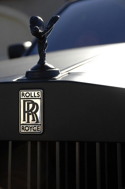 Rolls Royce Phantom matte grey.   via http://visualcocaine.tumblr.com/post/34163169501#